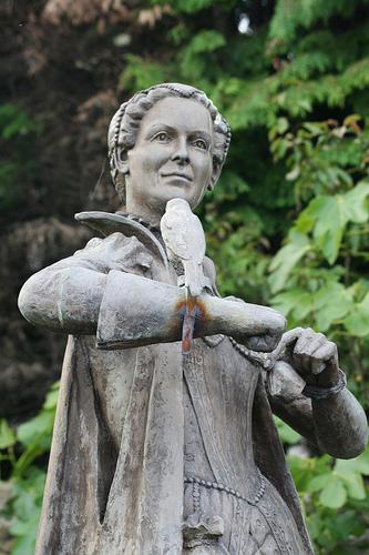 Статуя Марии, Королевы Шотландской. Линлитгоу.