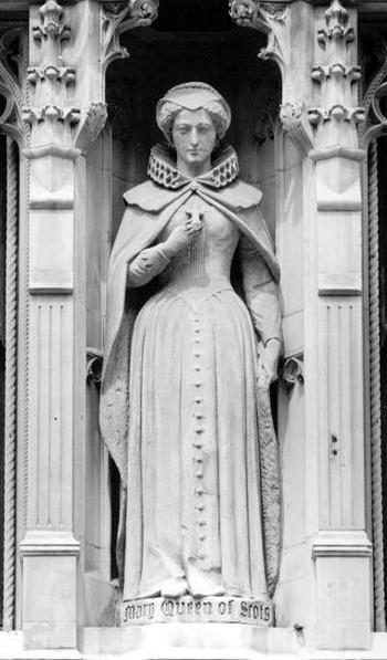 Статуя Марии, королевы Шотландской, Лондон.